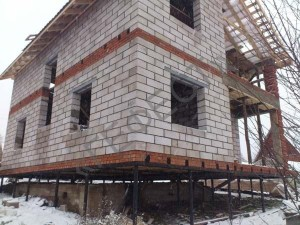 Винтовые сваи для кирпичного дома